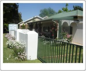 Greendoor Cottage1front view