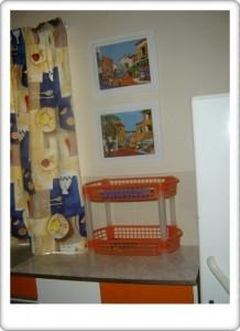 Greendoor Cottage9 kitchen detail